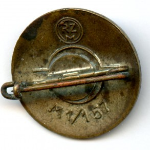 "Party pin by P. Turks Witwe ""M1/157"""