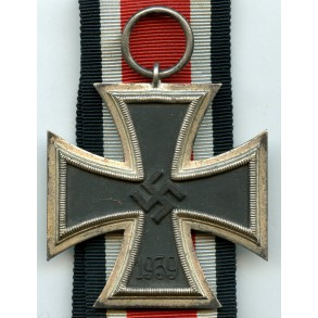 """Iron cross 2nd class by W. Deumer  """"date flaw"""""""