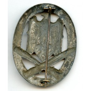 General assault badge by R. Karneth, hollow variant