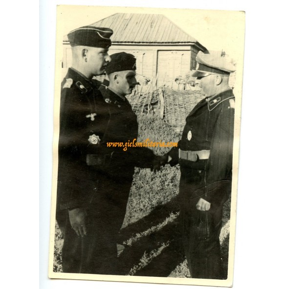 Private snapshot German Cross in gold ceremony to a panzer officer