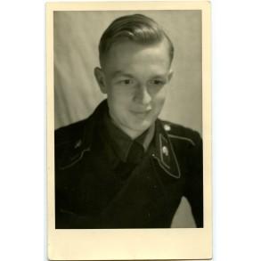 Portrait photo panzer crew member with black wrapper