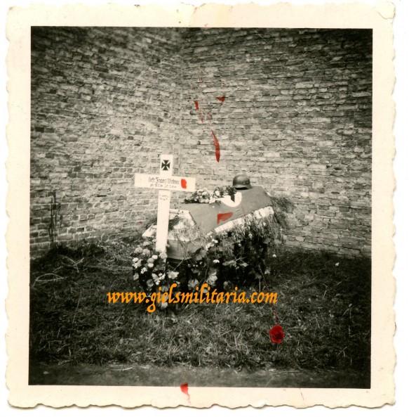 Private snapshot grave of Gefr. Franz Witmar, KIA Warsaw 1944