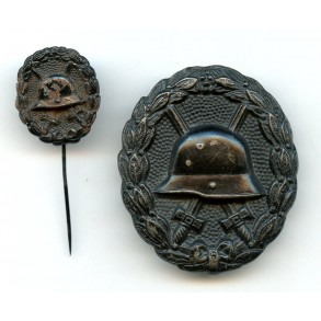 WW1 Wound badge in black with 20mm miniature