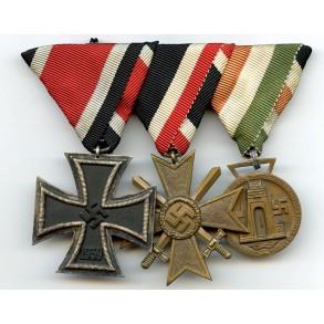 3 place EK2 medal bar with Afrika medal, Austrian mount