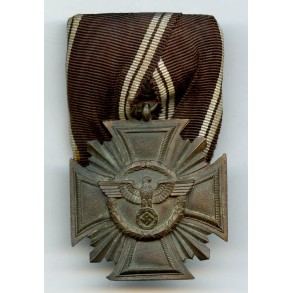 NSDAP 10 year service medal, single mount