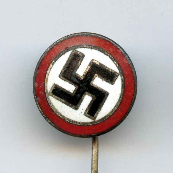 "Party sympathizer stickpin ""o o"""