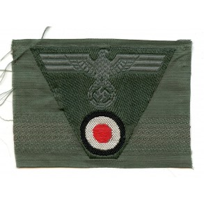 Bevo trapezoid eagle for M43 cap