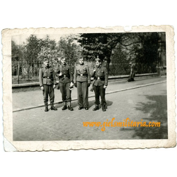 Private snapshot group decorated SS LSSAH soldiers in Holland/Belgium