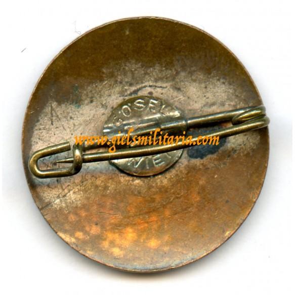 Austrian party pin by Gösel, Wien