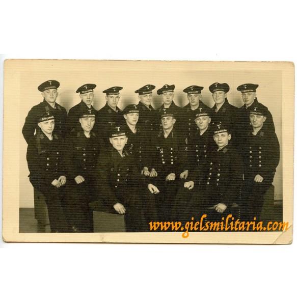 Kriegsmarine group portrait, narvik shield in wear