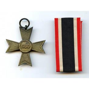 """War merrit cross 2nd class w/o swords by Klein & Quenzer """"65"""""""