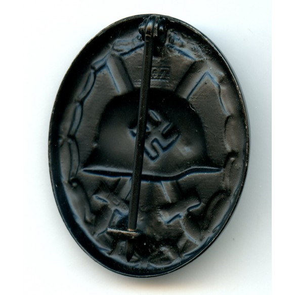 """Wound badge in black by C. Wild """"107"""""""