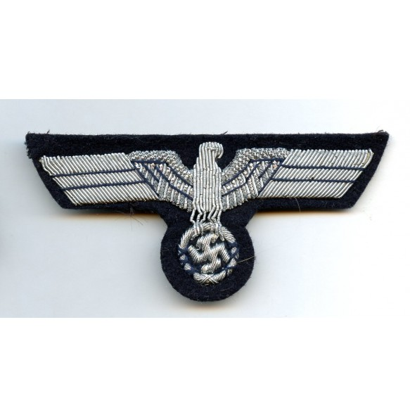 Kriegsmarine administration breast eagle for officers