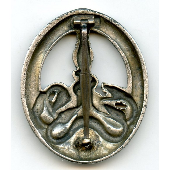 Anti Partisan badge in silver by C.E. Juncker