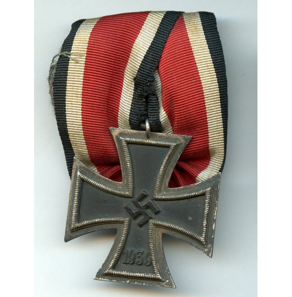 Iron cross 2nd class by unknown maker, big single mounted bar