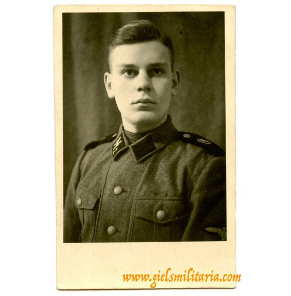 "Soldbuch portrait photo SS-VT ""Germania"""