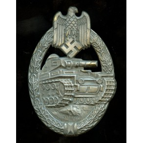 Panzer assault badge in bronze by A. Rettemaier
