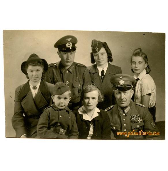 Portrait family in uniform