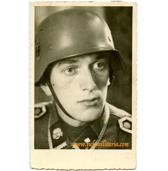 """SS portrait """"Totenkopf"""" with helmet"""