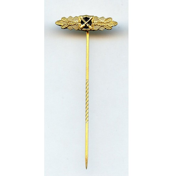 '57 close combat clasp in gold 16mm miniature