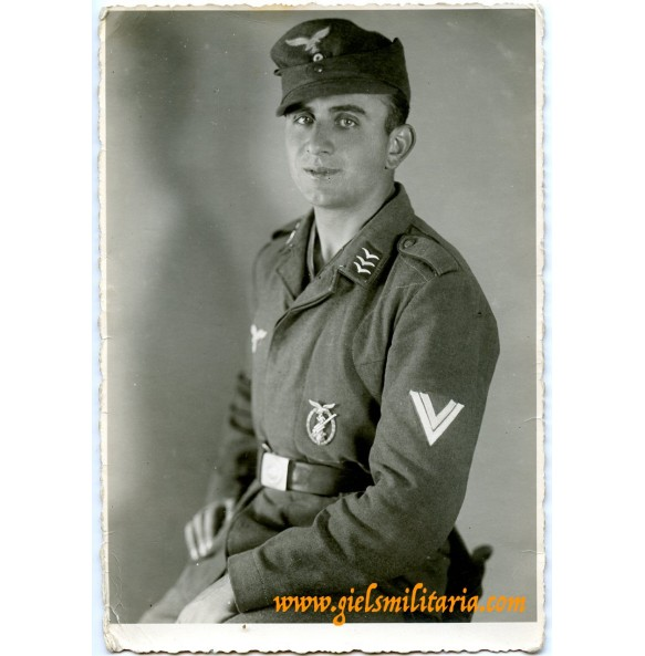 Portrait of Obergefreiter Fritz Wagner with flak badge in wear