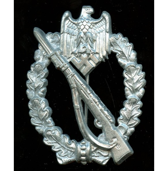 """Infantry assault badge in silver by H. Aurich """"HA"""""""