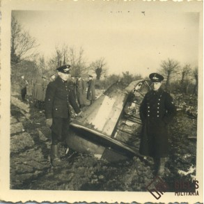Photo lot crashed allied air plane