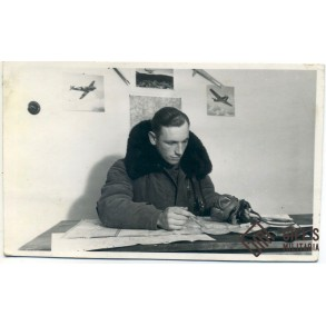 Early Luftwaffe pilot photo