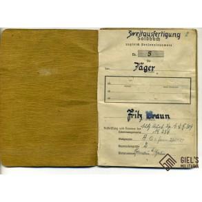 "Soldbuch to Jäger F. Braun, Pz. Jg. Gren. Rgt. ""Kreta""."