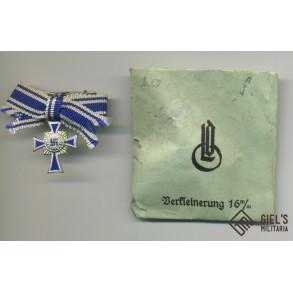 Mother's cross in silver miniature by W. Deumer + green LDO package