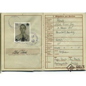 """Wehrpass to A. Thoretz, Fallschirmjäger Pz Gren Rgt 3 """"Hermann Göring KIA 1944"""
