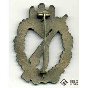 Infantry assault badge in bronze by Funcke & Brüninghaus