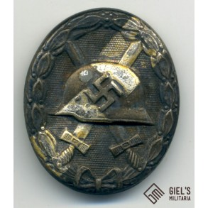 Wound badge in silver by E.F. Wiedmann
