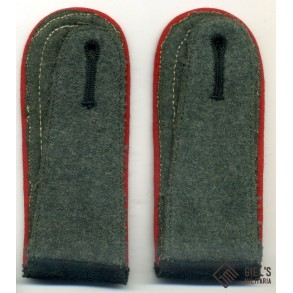Shoulder boards for artillery NCO