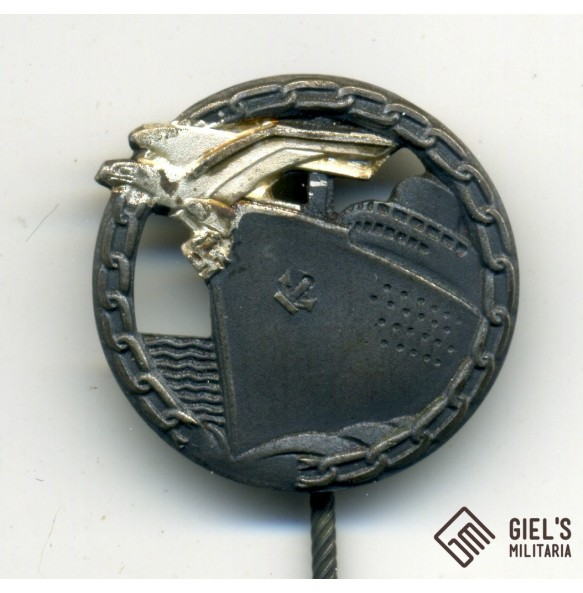 Kriegsmarine Blockade Runner badge by Schwerin Berlin 26mm miniature