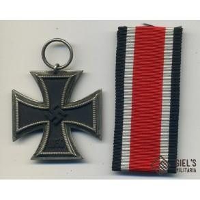 Iron cross 2nd class by Arbeitsgem. der Graveur-, Gold- und Silbersch.
