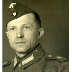 Portrait photo coastal artillery soldier