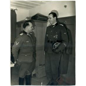 Press photo SS-Gruppenführer und Generalleutnant der Waffen-SS S. Dietrich