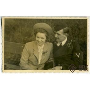 """Portrait photo to F.B. Peiffer Kriegsberichter photographer """"Grossdeutschland"""" Division"""