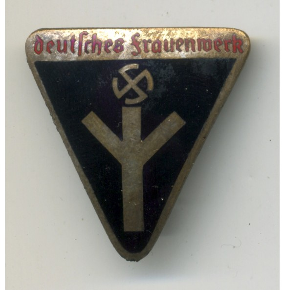 """Deutsches Frauwenwerk"" membership pin"