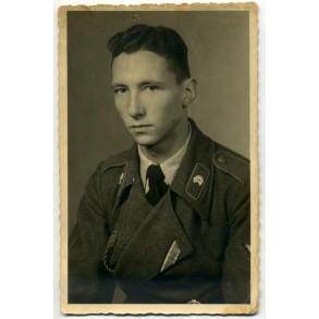 Portrait photo decorated Sturmgeschütz panzer member