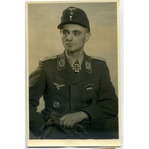 Portrait of a Luftwaffe Knights Cross winner