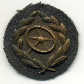 Drivers badge in bronze for Luftwaffe personnel