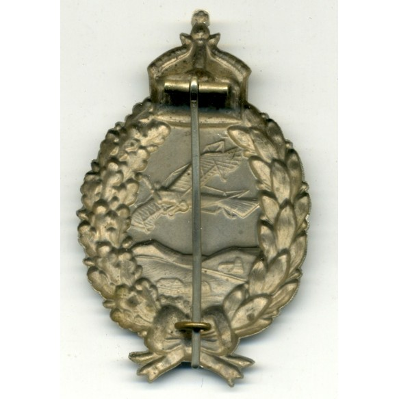 WW1 Imperial pilot badge by C.E. Juncker