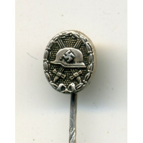 "Wound Badge in silver 9 mm miniature by C.F. Zimmermann ""L/52"""
