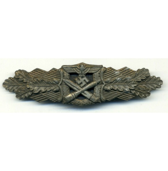 "Close combat clasp in bronze ""6 dot variant"""