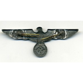 Army cap eagle.