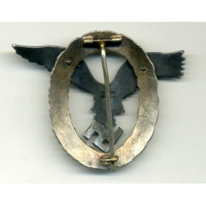 Luftwaffe Pilot Badge by C.E. Juncker, J2