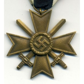 War merit cross 2nd class with swords by unknown maker