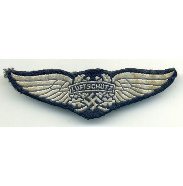 Luftschutz breast/cap eagle